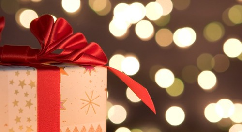 Five Tips for Holiday Employee Gift Giving