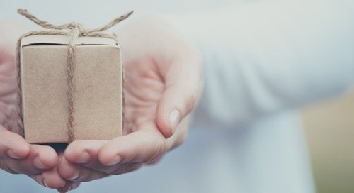4 Ways to Give to People Who Ask Your Church For Help