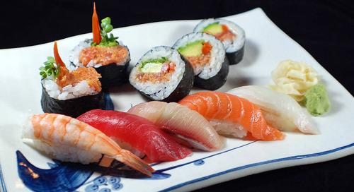 Yuk, Cari Tahu Apa Bedanya Sushi dan Sashimi!