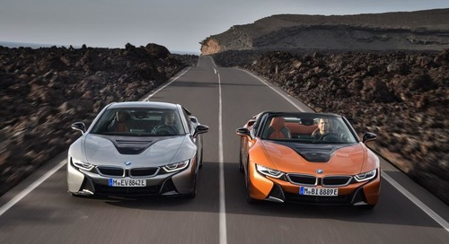 BMW Introduces i8 Hybrid Sports Car in Los Angeles