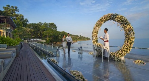 Four Seasons Resort Bali Offers Overwater Wedding Aisle
