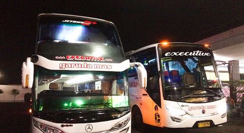 Bus Garuda Mas Double Decker: Besar, Ganteng, & Semok!