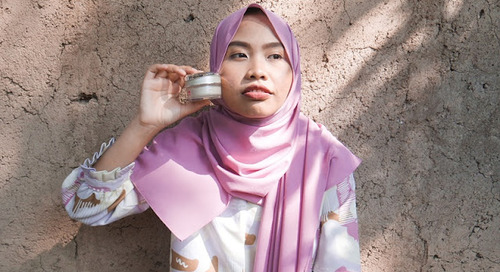 [REVIEW] Menyamarkan Kerutan di Bawah Mata dengan Sakura Collagen Anti Age`s Cream