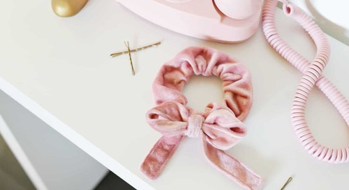 Make Your Own Bow Scrunchie!