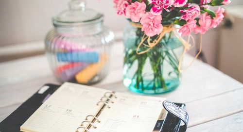 Freshen Up Your Work Space for Summer (FREE Downloads!)