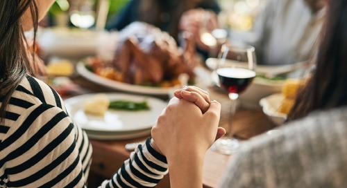 Simple Ways to Give Thanks with Your Family