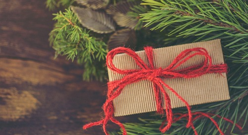 Christmas Gift Ideas for a (Moderately) Minimalist Mom