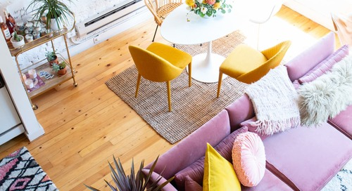 "These 4 Things Create a ""Perfect"" Living Room, According to Real Estate Agents"