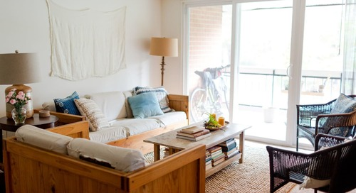 A Professional Organizer Makes a Plain Rental Peaceful and Pretty