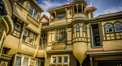 5 Real Haunted Houses to Visit If You Love Spooks