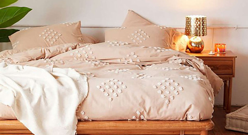 Get 40% Off On Bedding Today At Urban Outfitters