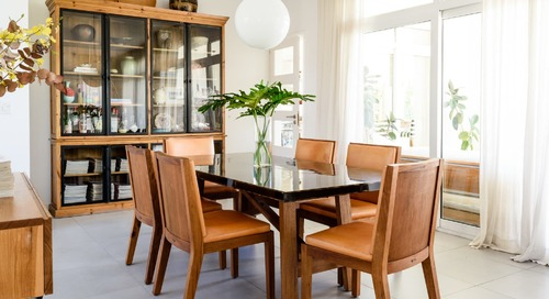 The Best Times to Save Money on Furniture, According to Home Experts