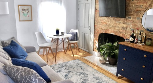 A Tiny 450-Square-Foot Apartment Is a Master Class in Renter-Friendly Updates