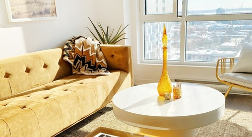 A Compact 560-Square-Foot Condo Is a Cool Mix of Vintage Pieces