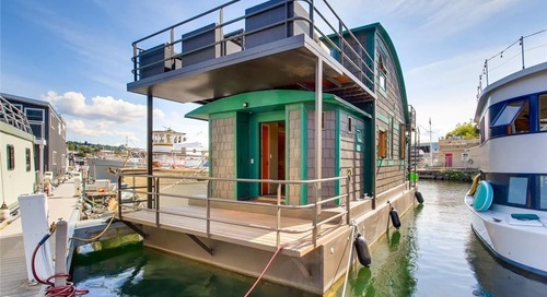 This Houseboat in Seattle Is Just Delightful—and Surprisingly Spacious