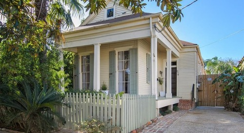 """You Need to Peek Inside This """"Shotgun House"""" for Sale in New Orleans"""