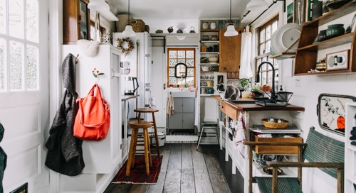 "What ""Tiny House Nation"" Doesn't Show You About Living in a Tiny Home"