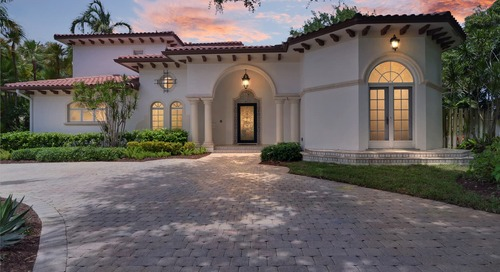 This Florida Home Has a Dragon Ceiling, Perfect for House Targaryen