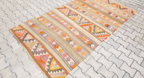Shop These 7 Kilim Pieces on Bazaar