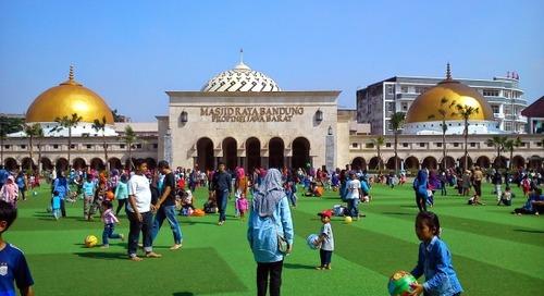 Kebiasaan Ngabuburit di Indonesia: Mulai dari yang Paling Umum hingga Unik