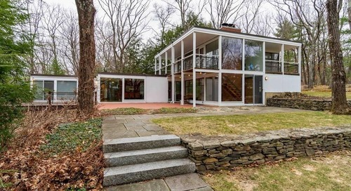 Midcentury modern in Lincoln asks $1.4 million