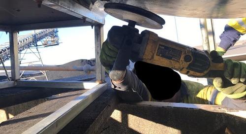 Dangerous incident:product conveyor