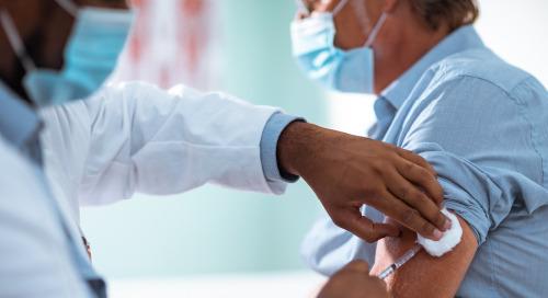 Comment atténuer les risques pendant le déploiement des vaccins contre la COVID-19