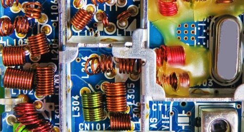 Conjugate Matching vs. Reflectionless Matching in Electronic Circuits