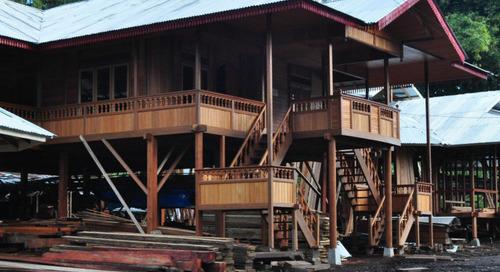 Canggihnya Rumah Adat Tradisional Woloan