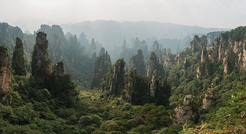"""Melihat Pulau Melayang di Film """"Avatar"""" di ZhangJiaJie"""