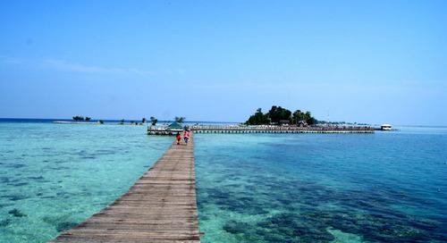 Ajak Anak ke 4 Pantai Indah Ini Tanpa Harus Ke Luar Jakarta!