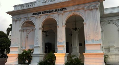 Jelajah Bangunan Retro di Jakarta