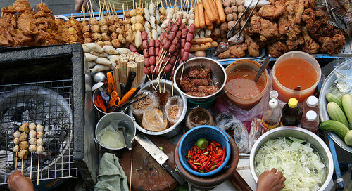 Wajib! Traveling Sambil Menikmati Kuliner Lokal