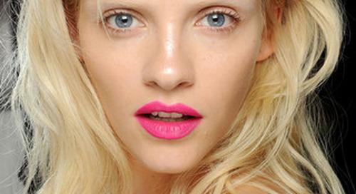 Lipstik Warna Cerah Untuk Dipakai Sehari-hari