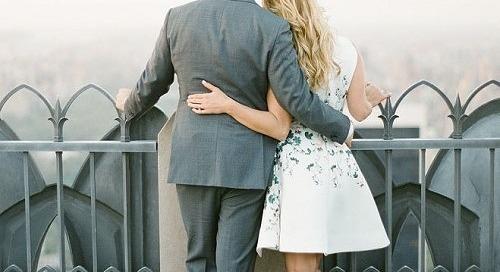 Agar Tetap Jatuh Cinta Saat Menyiapkan Pernikahan