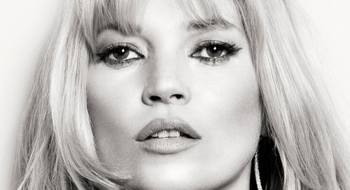 Ini Yang Dilakukan Kate Moss Untuk Dapat Bibir Sehat dan Indah