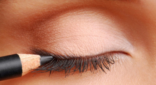 Tren Makeup Terbaru: Dick-liner, Eyeliner Bentuk Penis???