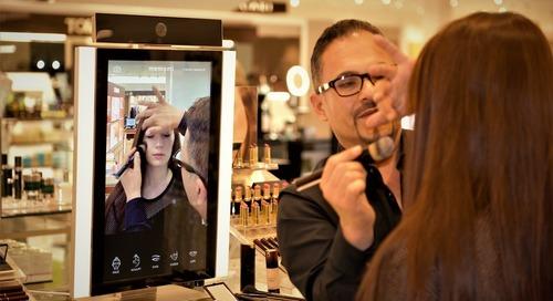 Cermin Canggih Untuk Belajar Makeup