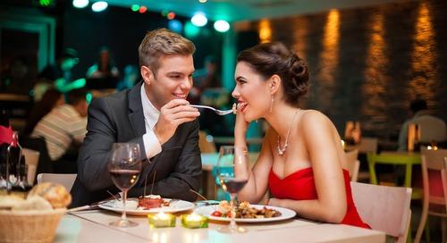5 Tempat Makan ROMANTIS Untukmu dan Si Dia ;)