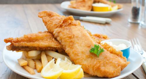 10 Makanan Berminyak yang Memang Enak dan Susah Dihindari
