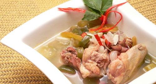 Nikmatnya Makan Makanan Indonesia