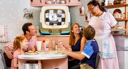 Penggemar Disney Pasti Senang Makan Di Sini