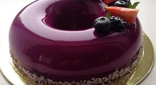 Wedding Cake Masa Kini: Dari Kue Kristal Hingga Kue Cermin