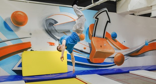 Mega-tainment malls: Can acrobats and indoor skiing boost shopping centers?