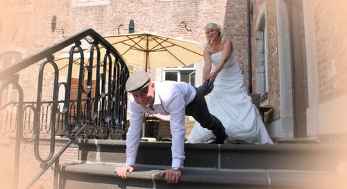 5 Hilarious and Fun Wedding Games That All the Guests Will Love