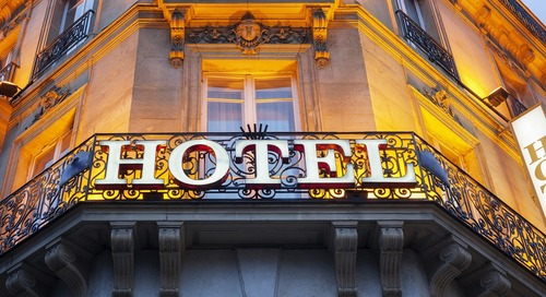 Top 10 Supercharged Hotel Marketing Strategies That Increase Bookings