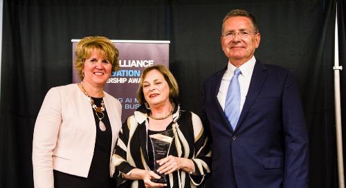 Dr. Suzanne Simpson wins Sara Kirke Award