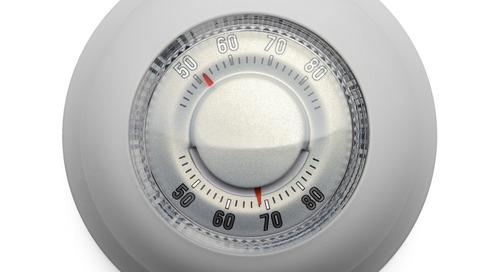 Grâce à un circuit imprimé à la pointe de la technologie, le thermostat Nest transforme l'habitat