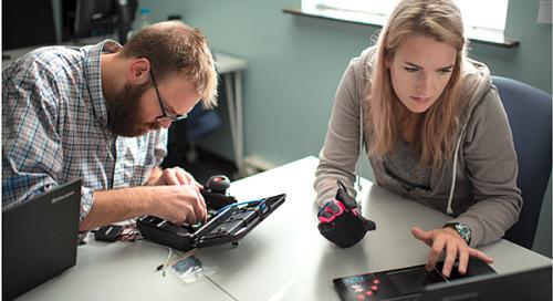 言語障碍者の声を届ける Project Vive とVoz Box
