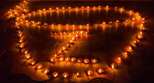 Zaloni Celebrates Diwali Through the Ancient Artform of Rangoli